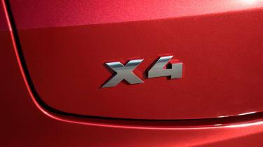 BMW X4 - badge