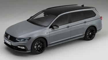 Volkswagen Passat R-Line Estate - top 3/4