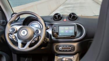 Smart ForTwo Cabrio 2016 - dashboard