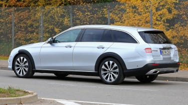 Mercedes E-Class All-Terrain facelift - spyshot 7