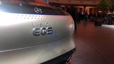 Mercedes EQS - boot