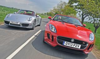 Jaguar F-Type vs Porsche 911 Cabriolet