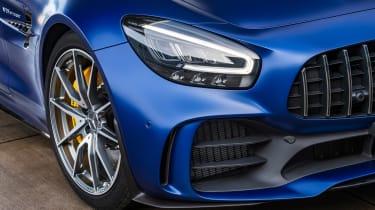 Mercedes-AMG GT R Roadster - front light