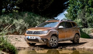 Dacia Duster front quarter static