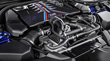 BMW M5 - engine