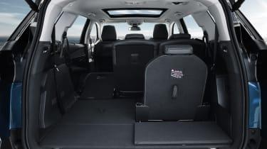 New Peugeot 5008 2016 - rear seats 2