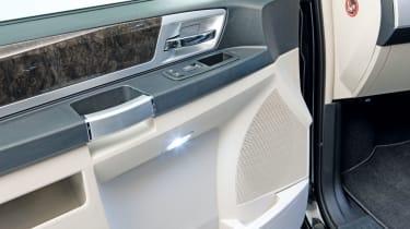 Chrysler Voyager electrics