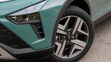 Hyundai Bayon - wheel