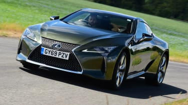 Lexus LC500 - front tracking
