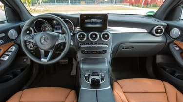 Mercedes GLC 350e - interior