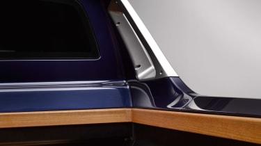 BMW X7 pick-up truck
