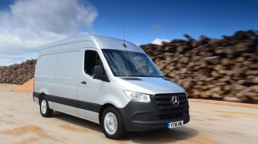 Mercedes Sprinter Van of the Year 2018 tracking