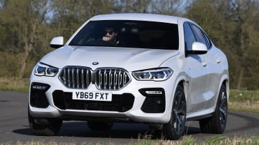 BMW X6 - front action