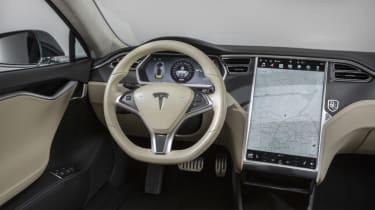 Tesla Model S Shooting Brake estate steering wheel