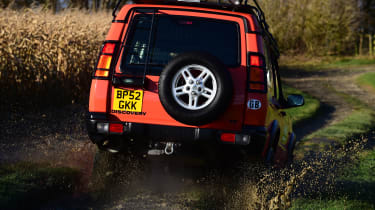 Land Rover Discovery Mk2 - rear off-road