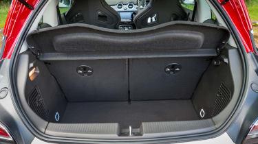 Vauxhall Adam S Rocks 2016 - boot