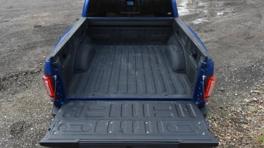 Ford F-150 Raptor pick-up truck - loading area