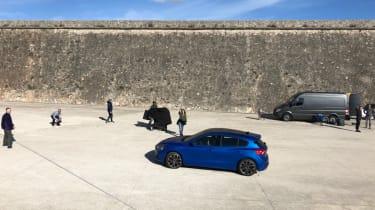 Ford Focus 2018 spied front - Vezess magazine