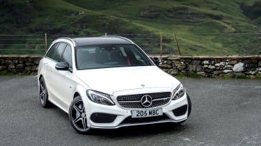 Mercedes-AMG C 43 Estate 2016 - front quarter 2