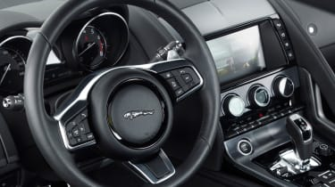 Jaguar F-Type 4-cyl review - steering wheel
