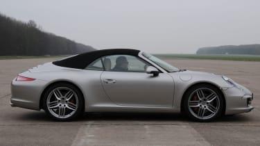 Porsche 911 Cabriolet profile