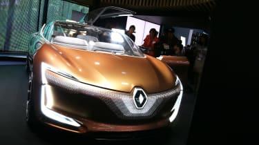 Renault Symbioz concept - Frankfurt front/side