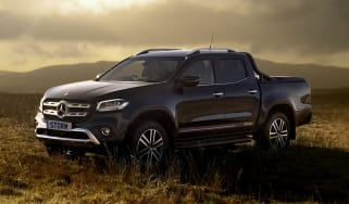 Mercedes X-Class Storm Edition - front