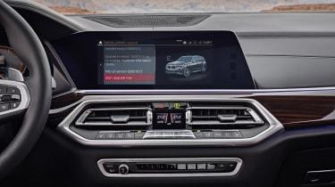 BMW X5 - infotainment