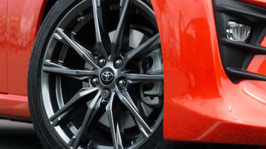 Toyota GT86 Orange Edition - wheel