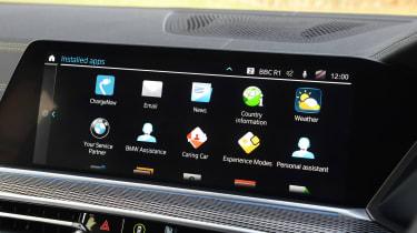 BMW X5 xDrive45e - infotainment
