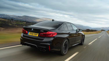 BMW M5 - rear action