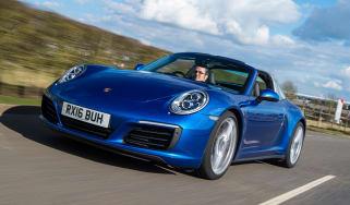 Porsche 911 Targa 2016 UK - front tracking