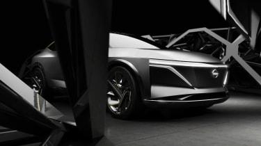 Nissan IM concept - front dark