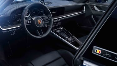 Porsche 911 Belgium Legend Edition - interior