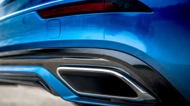 Volvo V60 T8 Twin Engine - exhaust