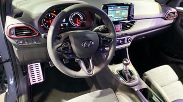 Hyundai i30 Fastback N - Paris dash
