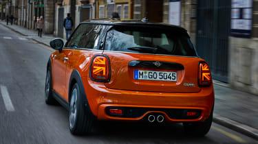 MINI Hatch - full rear