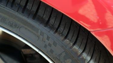 Used Volvo V60 - tyre