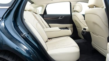 Genesis G80 - rear seats