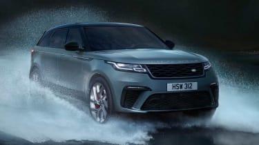 Range Rover Velar SVAutobiography - front off-road