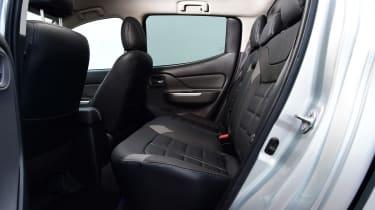 Mitsubishi L200 - rear seats