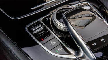 Mercedes E-Class Estate 2016 - centre console