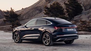 Audi e-tron Sportback - rear action