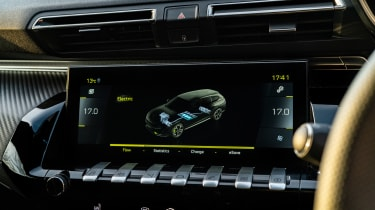 Peugeot 508 Sport Engineered - infotainment