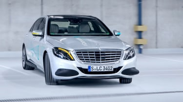 Mercedes Co-operative car - front 3/4