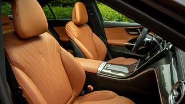 Mercedes C-Class - front seats