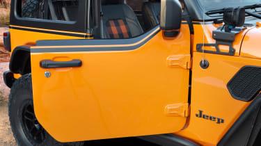 Jeep Magneto concept - door