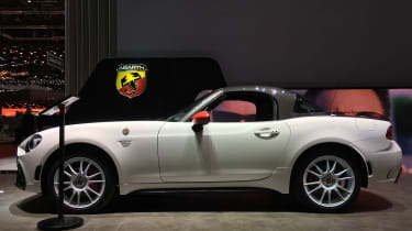 abarth 124 spider rally tribute static