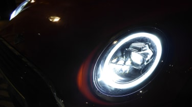 mini cooper 5dr headlight
