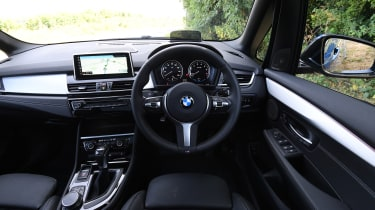 BMW 225xe Active Tourer - interior